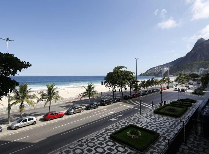 Lançamento Avenida Atlântica Copacabana